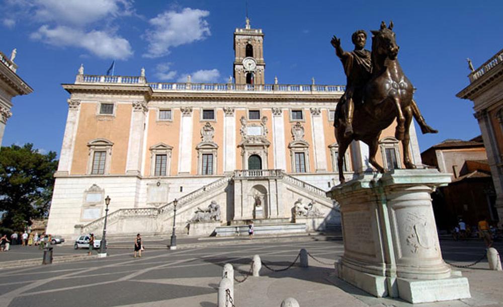 Roma, difesa Marra su Raggi: