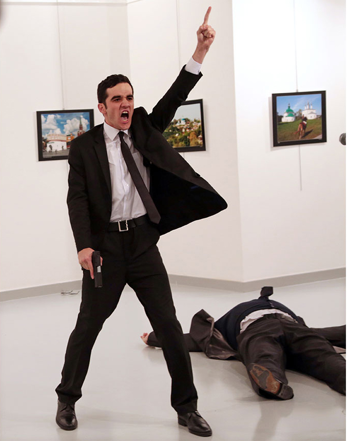 © Burhan Ozbilici, The Associated Press. Title: An Assassination in Turkey